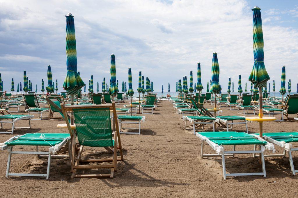 Bagni bassamarea beach and sail san bartolomeo al mare